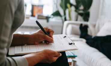 Formy pomocy psychologicznej - w jaki sposób może pomóc psycholog online?